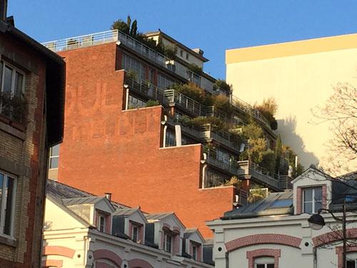 Le garde-meuble Odoul - La façade à gradins, aujourd'hui transformée en terrasses paysagées