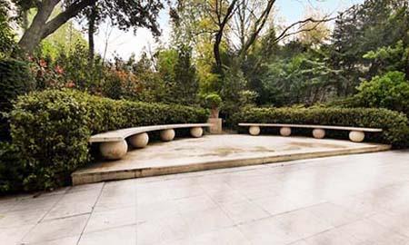 L'appartement d'Yves Saint-Laurent et Pierre Bergé - Le jardin
