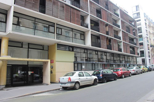 Logements pour pompiers - La façade sur la rue Lamarck