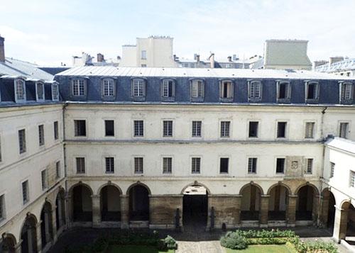 L'hôtel de l'Artillerie : l'ancien cloître