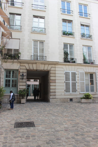 L'hôtel Dupré de Saint-Maur - La 1ère cour