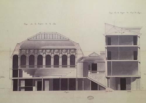 Coupe de la salle des ventes Lebrun (à gauche) et de l'hôtel de Lubert (à droite)