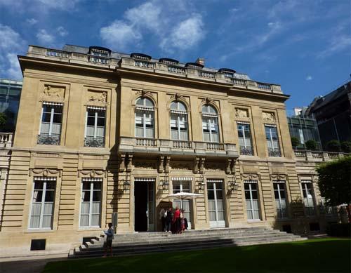 L'hôtel de la Vaupalière - La façade sur l'ancien jardin
