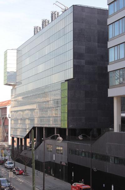 Le bâtiment Lavoisier - La façade Ouest, rue Antoine de Baïf