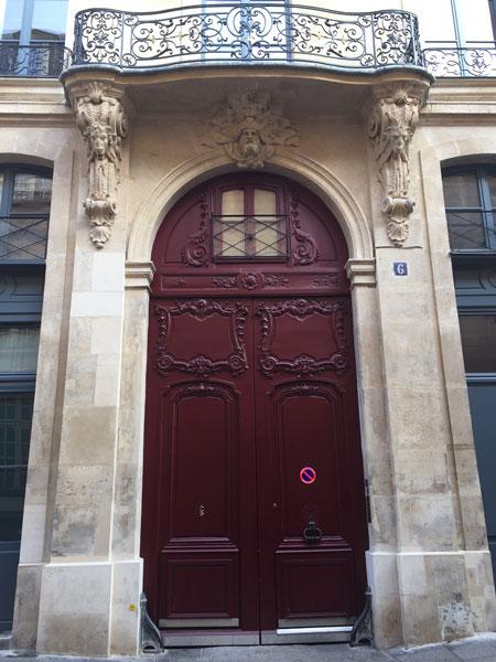 Les hôtels Le Lièvre de La Grange - Le portail du n°6