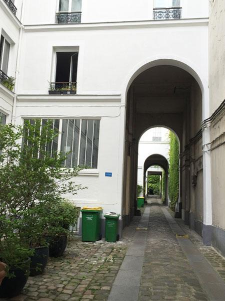 L'hôpital Nicolas de Blégny - La 1ere cour
