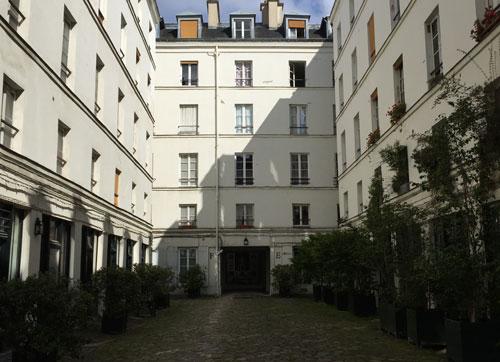 La cour des Vieilles Tuileries - 1ère cour