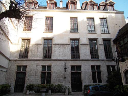 L'hôtel du Grand Chantre - Le logis en fond de cour