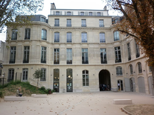 L'hôtel de Wendel - La façade sur le jardin