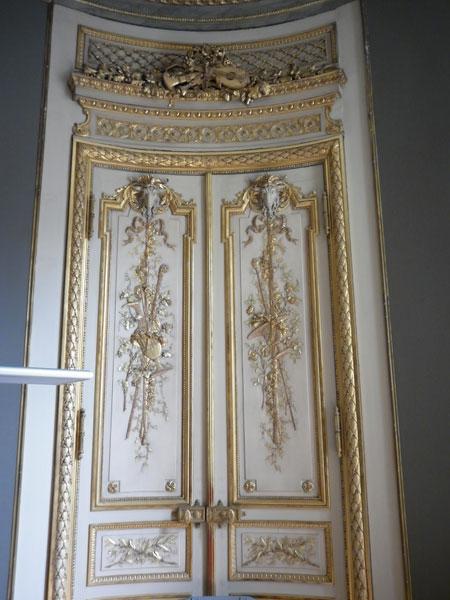L'hôtel de Wendel - Porte de style néo-Louis XVI