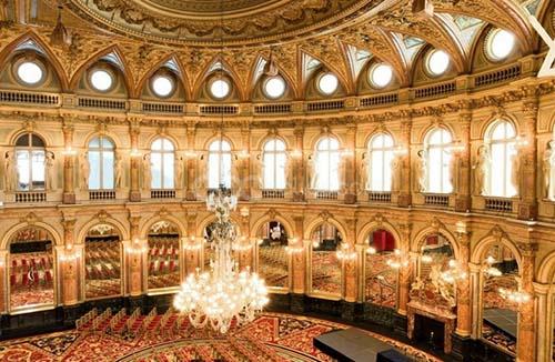 Le Grand Hôtel - La salle de bal et sa coupole