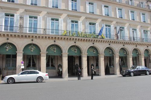 Le Meurice - La façade sur la rue de Rivoli
