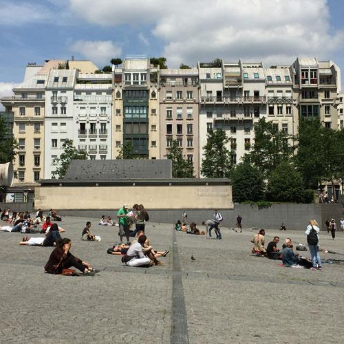 Le quartier de l'Horloge vu de la piazza Beaubourg