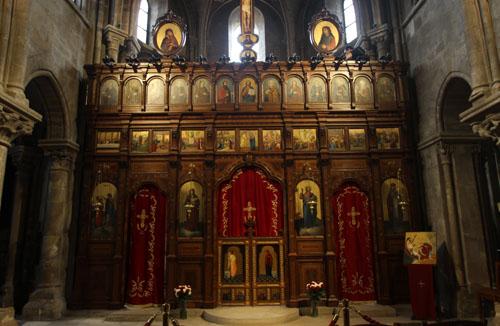 Eglise Saint-Julien-le-pauvre - L'iconostase en bois sculpté
