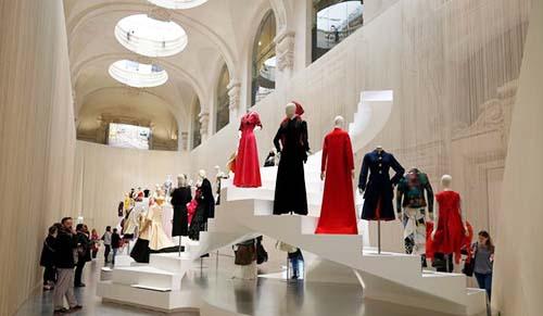 Le musée des Arts Décoratifs - La grande nef pendant une exposition