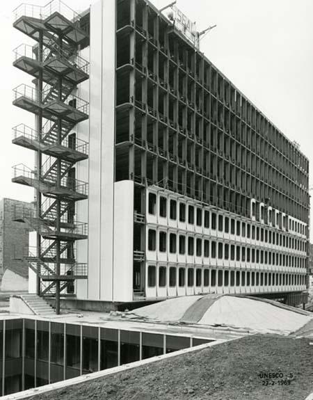 Le bâtiment V de l'Unesco en construction
