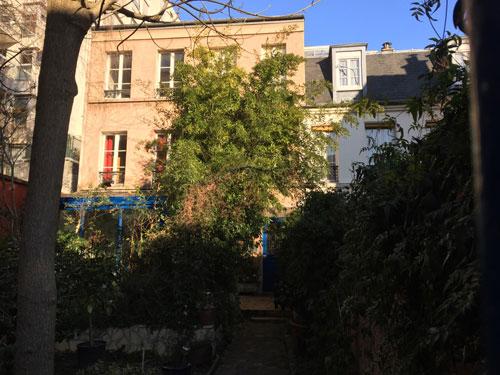 La villa de l'Adour - Petit immeuble et pavillon précédés de jardinets
