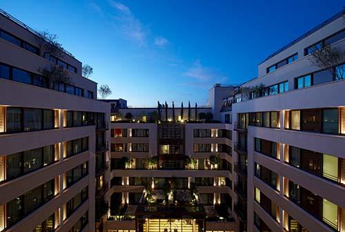L'hôtel Mandarin Oriental - La façade sur le jardin intérieur