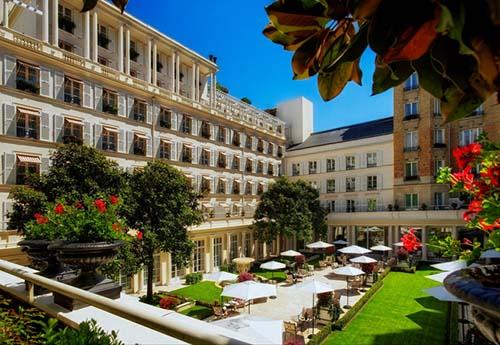 Le Bristol Paris - Le jardin intérieur