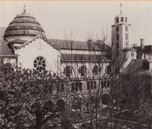 Couvent des Bénédictines du Saint-Sacrement - La basilique construite au XXe siècle