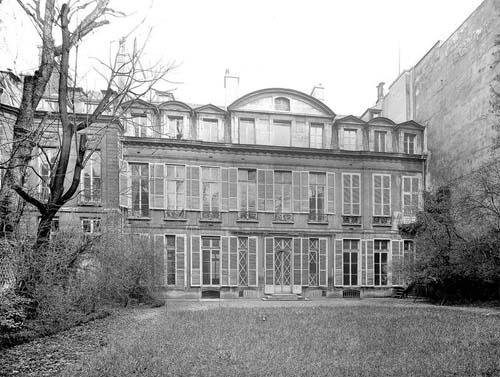 L'hôtel d'Aligre : la façade sur le jardin