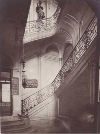 L'hôtel Dodun : la cage d'escalier