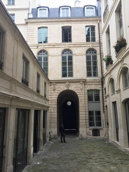 hôtel Dodun : le revers du bâtiment d'entrée donnant sur la rue de Richelieu