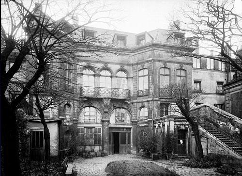 L'hôtel de Lutteaux : la façade sur le jardin