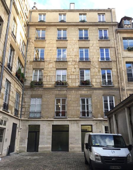 L'hôtel de Villeflix : la façade sur cour