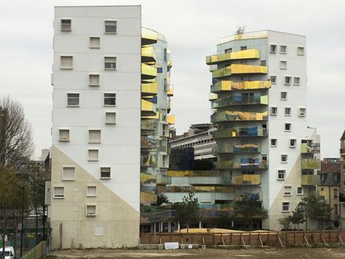 L'immeuble Fulton vu de l'avenue de France