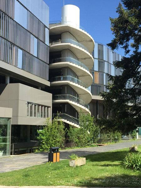 Le campus Jourdan : l'escalier extérieur