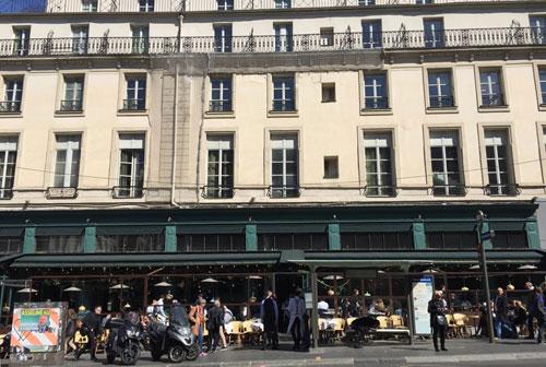 Le café Brébant : la façade actuelle