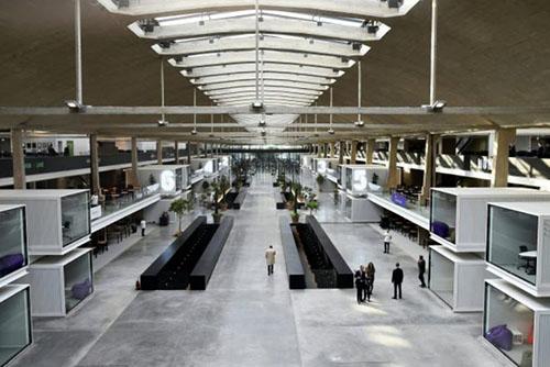 Station F : l'allée centrale