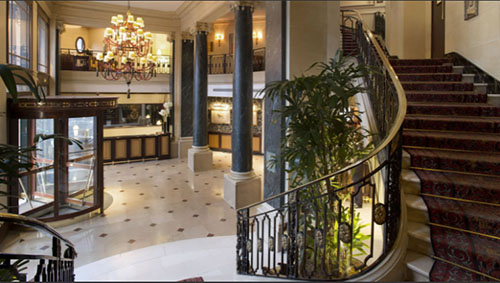Hôtel du Louvre : le lobby
