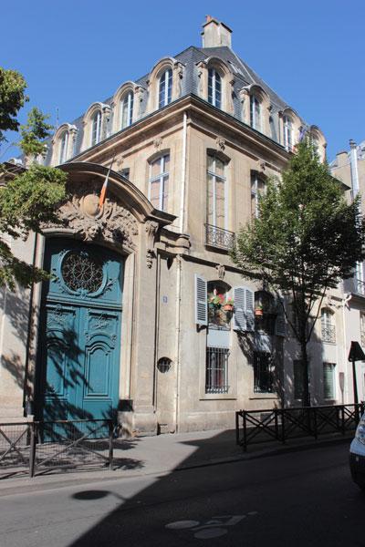 L'hôtel Pujol puis hôtel de La Haye :  le portail (n°5 rue Béranger)