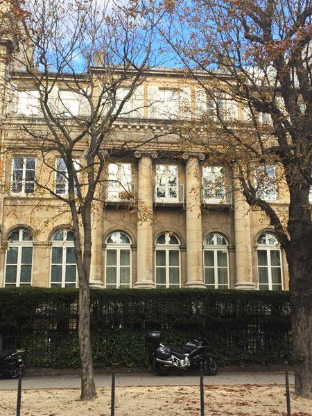 L'hôtel d'Argenson : la façade sur rue