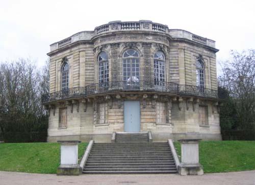 Le pavillon de Hanovre remonté dans le parc de Sceaux - Etat actuel