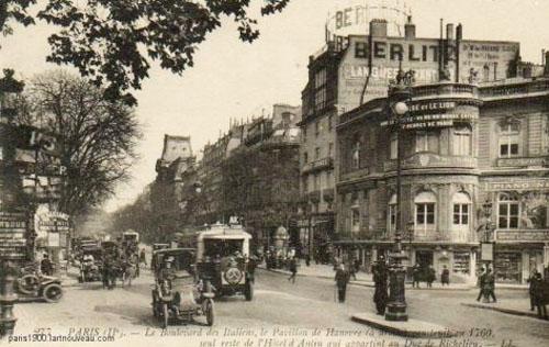 Le pavillon de Hanovre (à droite) : carte postale ancienne