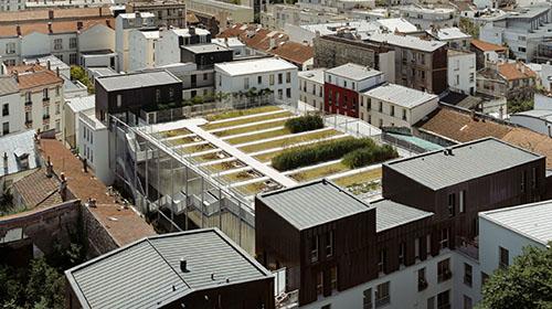Gymnase Vignoles : le jardin sur le toit