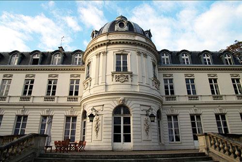 L'hôtel de Cassini : la façade sur le jardin