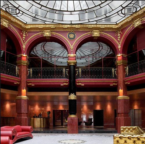 Le Banke hôtel : la rotonde centarle couverte d'une verrière