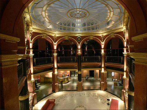 Le Banke hôtel : la rotonde centrale