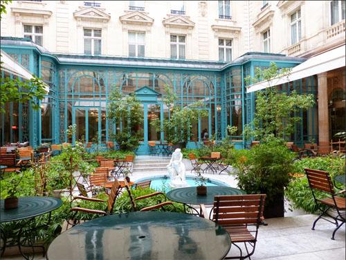 Le Westin Paris Vendôme l'Hôtel Continental : le jardin intérieur