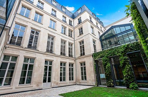 L'hôtel Desmarets : la cour intérieure modernisée