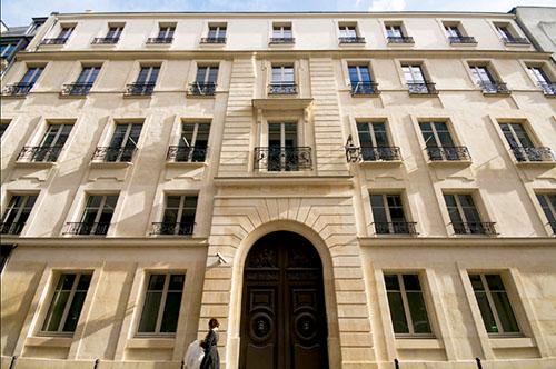 L'hôtel Desmarets : la façade sur rue