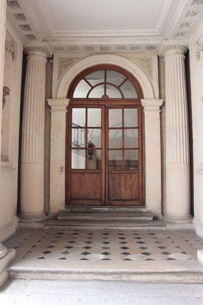 L'hôtel de Novilos - Le vestibule