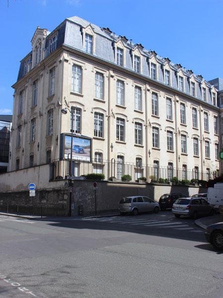 L'UFR STAPS, annexe de l'université René Descartes