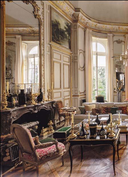 L'hôtel d'Orrouer - Le grand salon habillé de boiseries Régence