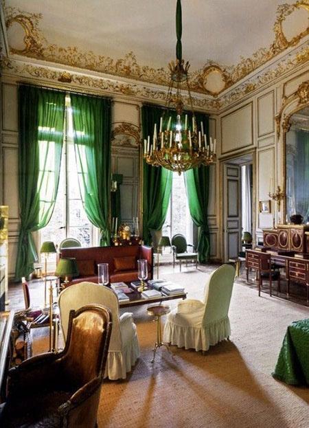 L'hôtel d'Orrouer - Salon habillé de boiseries blanc et or