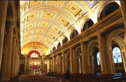 La chapelle Saint-Vincent de Paul : la nef
